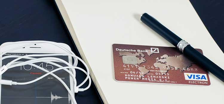 cuáles son las diferencias entre las tarjetas de crédito y débito