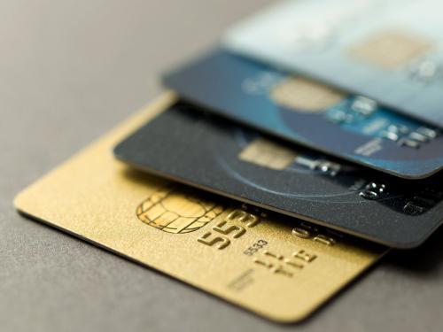 Tarjetas de crédito para financiar libros